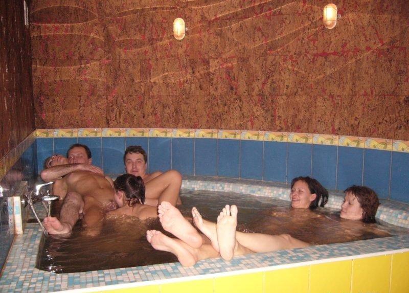 девушка лена в сауне с парнями