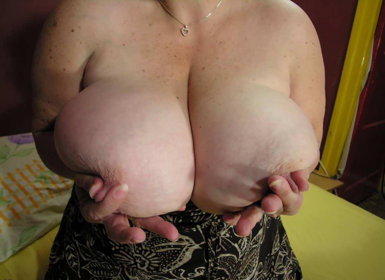 Сиськи отвисшие порно ролики 15 фотография