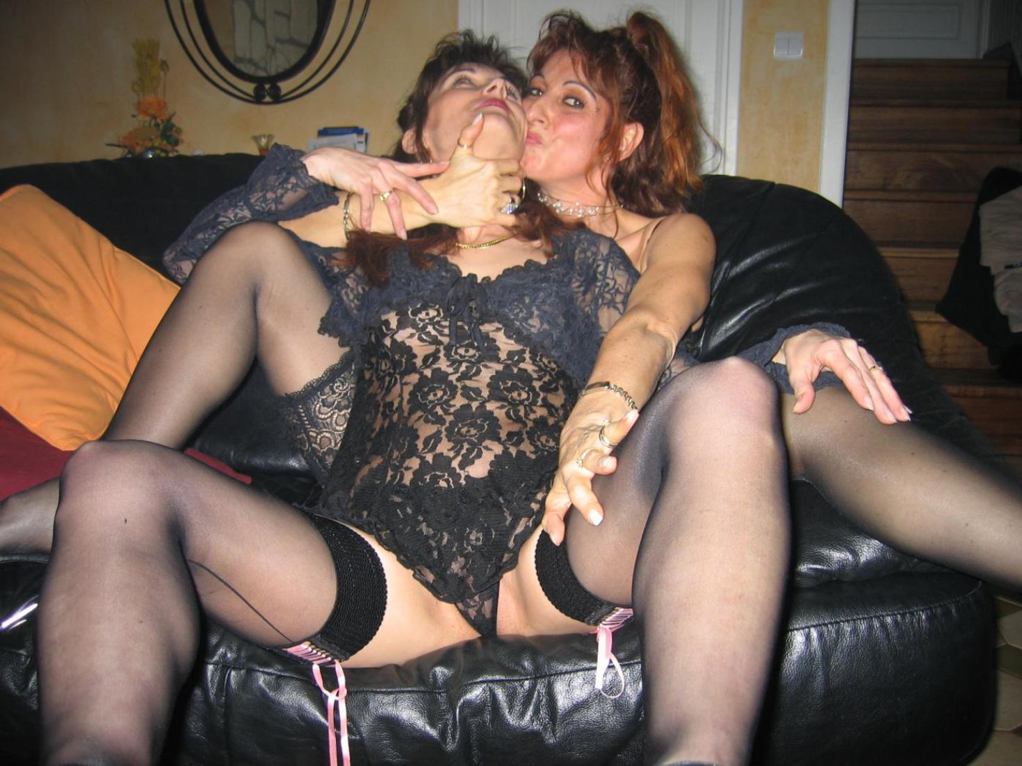 Старухи свингеры порно 25 фотография
