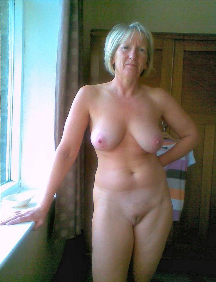Фото голые постарше 42945 фотография