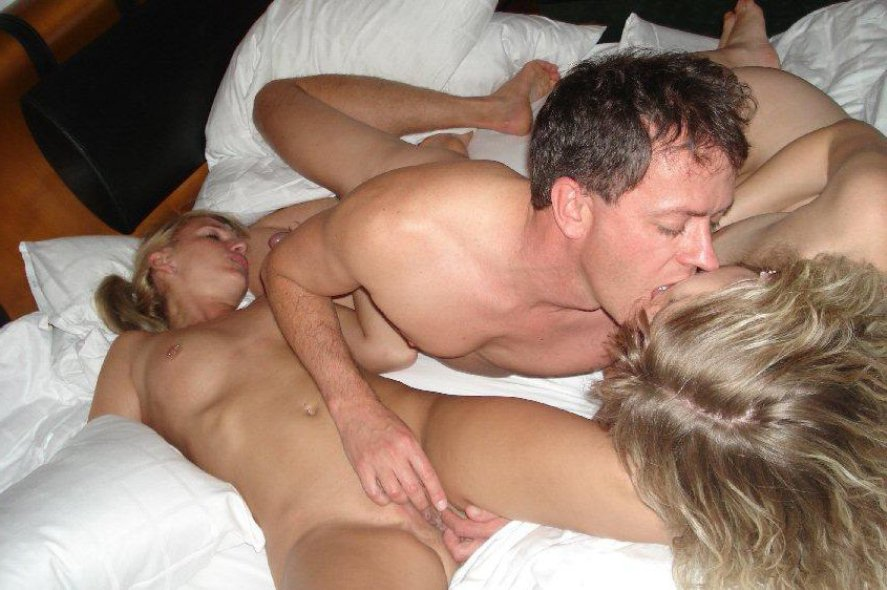 Супруга любит снимать порно дома на фото