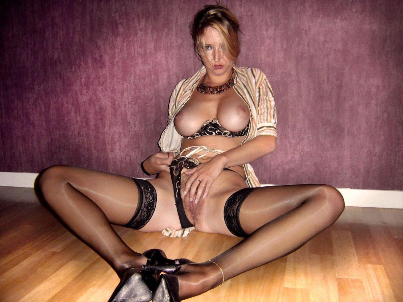 Смотреть бесплатно порно фото развратных дам, Знойных зрелых женщин потянуло к разврату секс фото 3 фотография