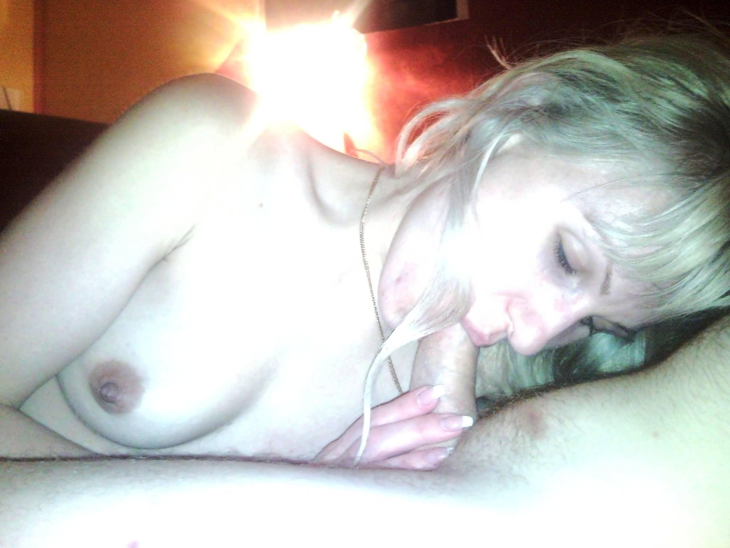 Ворованные фото девушек с телефона домашнего порно, порно кончает в узкую пизду