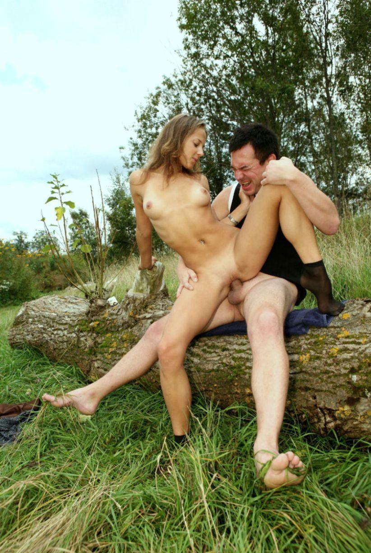 любовница й секс русской пары на природе большое количество