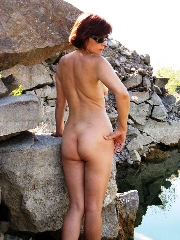 голые тетки отдыхают порно фото