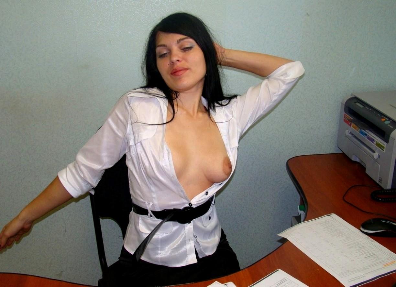 Шлюха на роботе фото, Элитная азиатская проститутка на работе 12 порно фото 2 фотография