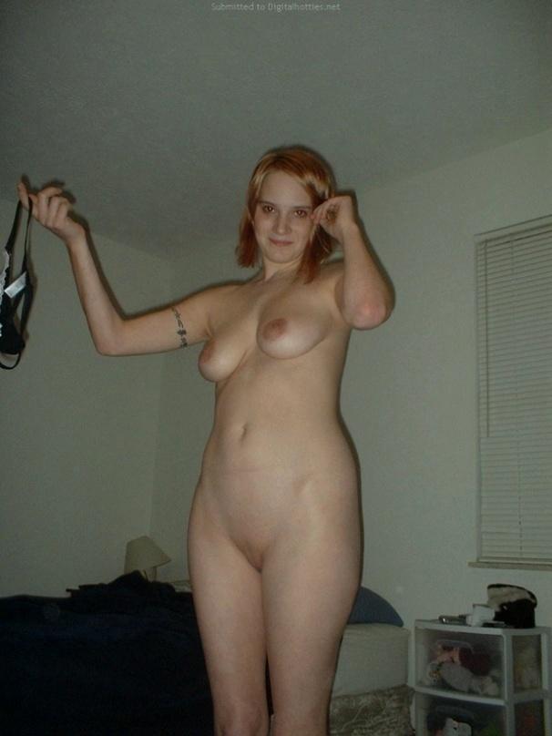 женщины полуголые фото