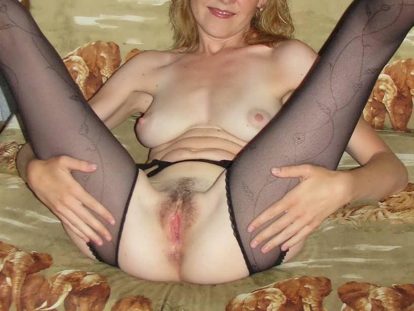 Посмотреть порно потаскушки онлайн 2 фотография
