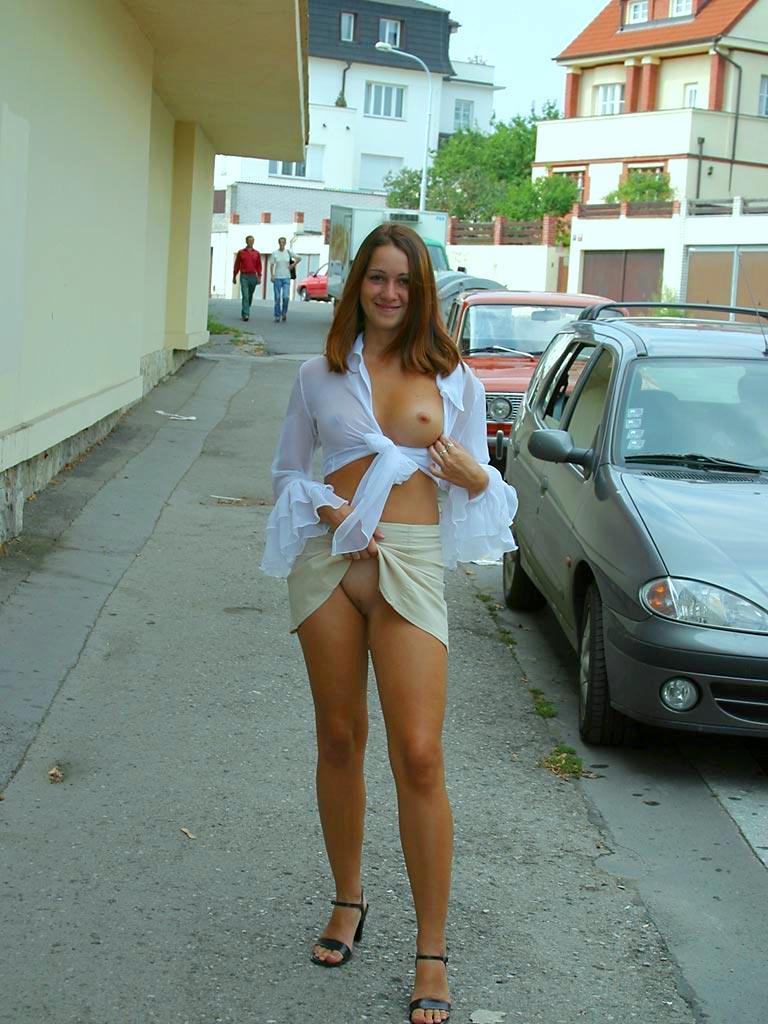 фото голая каштанка