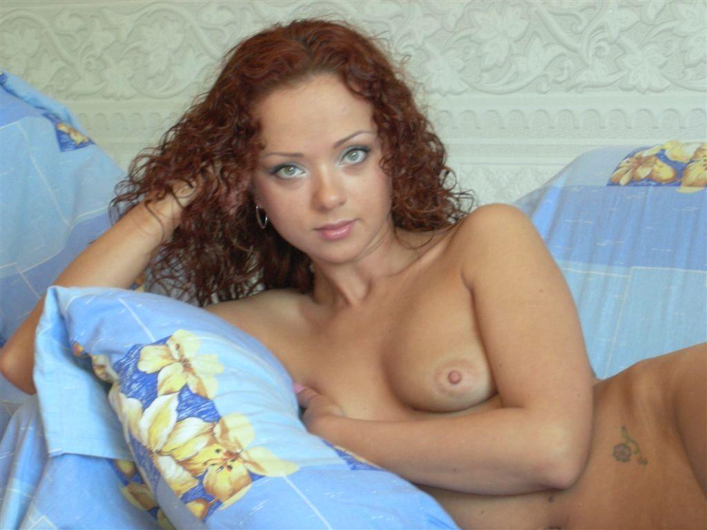 Рыжая кудряшка в порно 9 фотография