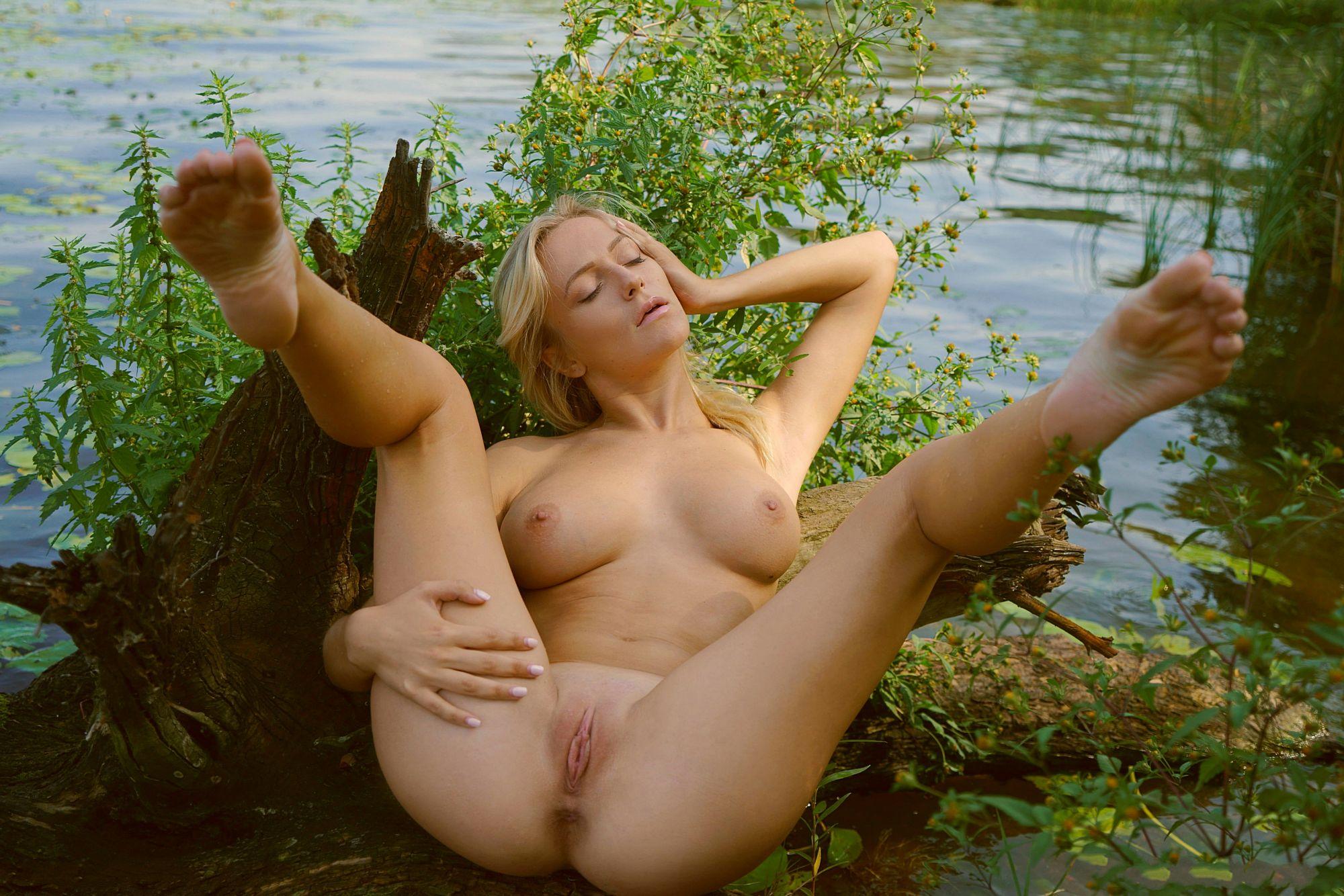 Чале на порно царевна блондинка лягушка в