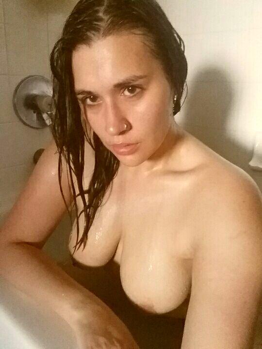 Селфи в ванной порно фото бесплатно
