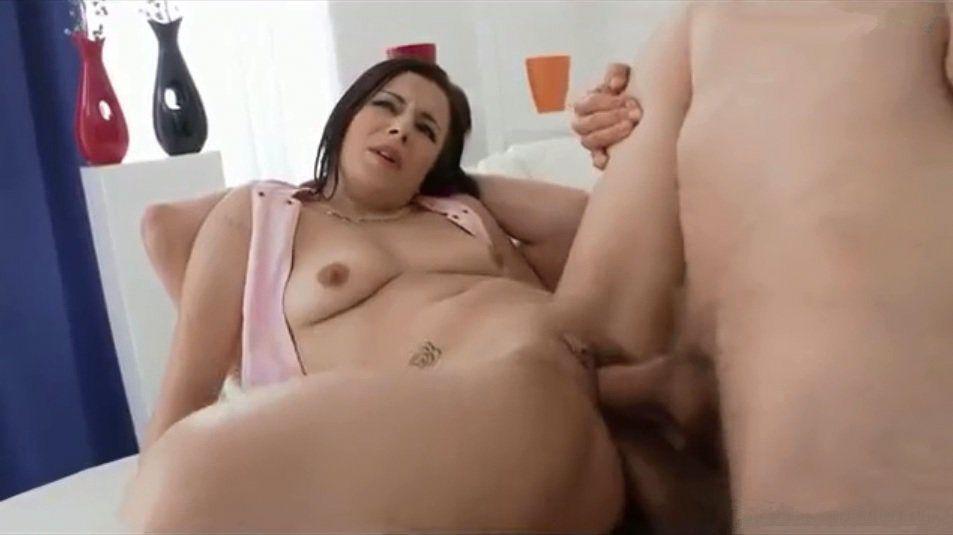 kino-geng-beng-hhh-video-minet-ot-pozhiloy-dami