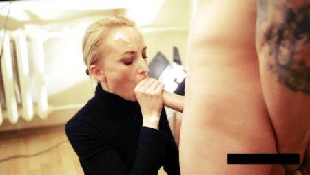 negrityankami-zhenskoe-seks-s-dvornichihoy-pompa