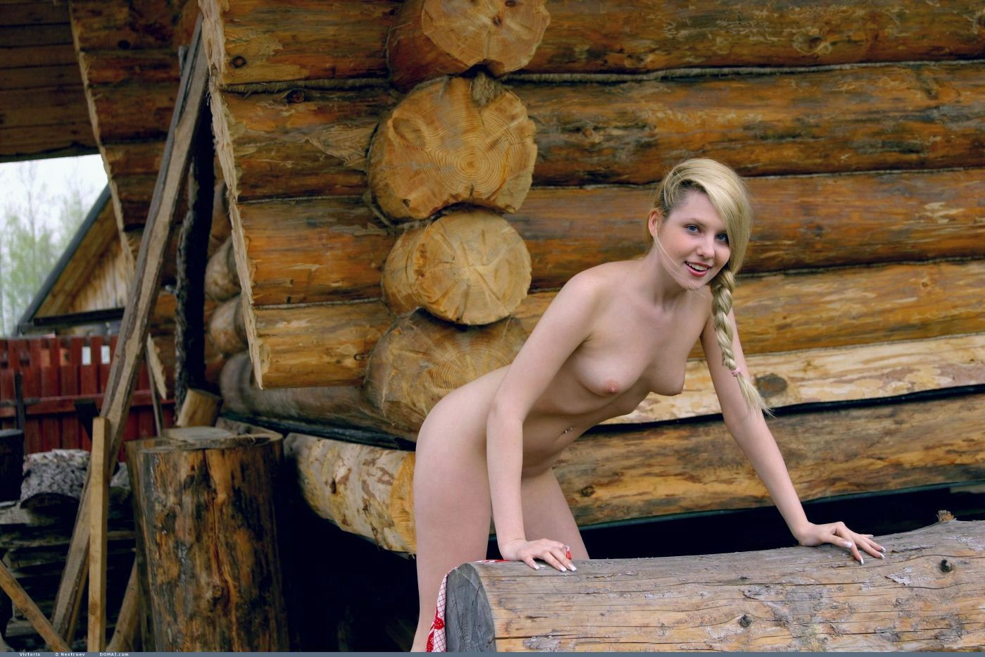 Обнаженная Русская Деревня